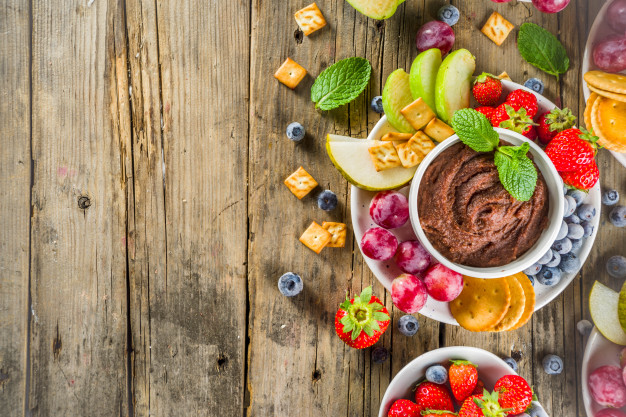 How to make dessert hummus